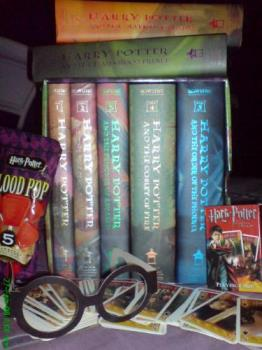 Harry Potter Items - collection of Harry Potter items