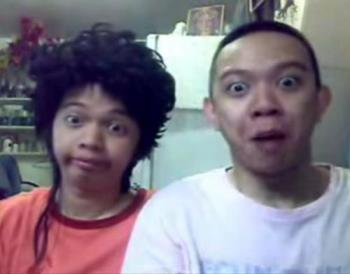 moymoy palaboy - moymoy palaboy in their video Papa Papa oom mamaw