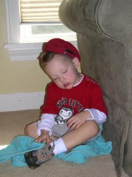 baby sleeping - cute baby falls asleep