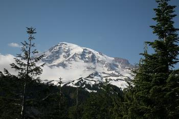 Mt Rainier - Great picture of Mt Rainier from a far off.