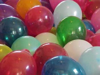 balloons, birhday bashes... - Here are some balloons.
