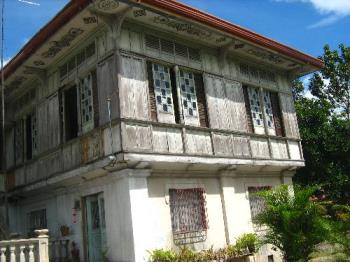 Old house - Old house in Pampanga, Philippines