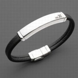 friendship bracelet - You can write anything at the plat of the bracelet