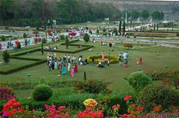 Brindavan garden Mysore (India) - This is famous Brindavan Garden , situated at the Reservoir (DAM) of a River, visited by thousands visitors Internationally
