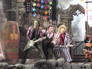 Beetlejuice monster band - This is a live shot shot of a show in universal Orlando of the Beetlejuice Monster Review show. A monster metal band. What fun!