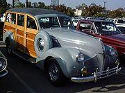 """Station wagon - Pontiac """"Woodie"""""""
