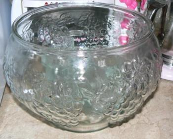 my new punchbowl - This is my new punchbowl set. I know you can get punch bowls for about $10 at wal-mart but this one I got free. It has a tiny ship on the glass at the top but is still fully functional.