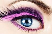 False eyelashes - These kinds of falsies are best for special occasions. Not for when you're just going to work!