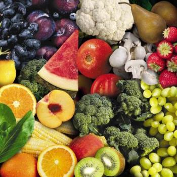 Fruits and vegetables. - We must eat more fruits and veggies.