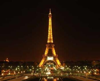 Eiffel Tower at Night. Such a beautiful site! - Here is your beautiful eiffel tower at night, airasheila. Someday you may see it in actuality when you find a way to go to Paris. Good luck!