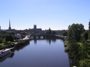 worcester cathedral and river severn