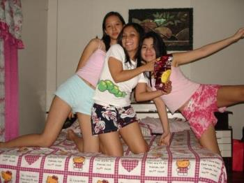 Friends - Me, Karen and Donna