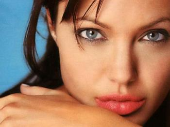 angelina jolie - wow the sexiest woman of world