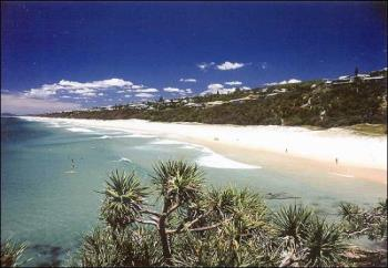 Sunny beach!! - Nice
