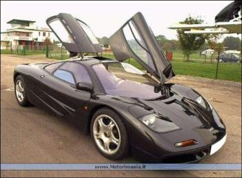 Mclaren - Mclaren F1 GT I just like the way the doors open up rather than out :P