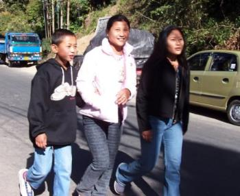 Young Nepalis - Young Nepalis on Hill Cart Road to MHS from Darjeeling(India)