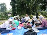 "lunch  - lunch at park ""Kebun Raya Bogor"""