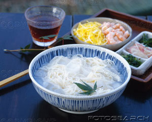 noodles - variety of noodles, types.