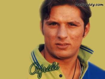 Afridi - Shahid khan Afridi Is the Best Treat to Watch Cricketer