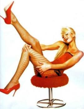 Gay Icon Paris - Modern icon in the gay community.. Paris Hilton