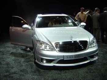 Mercedes Benz - Mercedes Benz