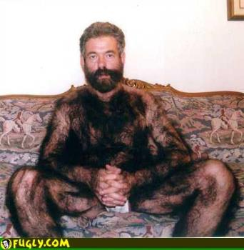 Now THIS is a too hairy! - hairy man