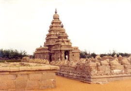 Shore temple in TN - The Sea Shore temple in Mahabalipuram build by Pallavas during 7th to 8 th century AD....
