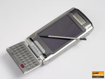 Sonyericsson P910i - Sonyericcson P910i (qwerty keyboard and business functionality)