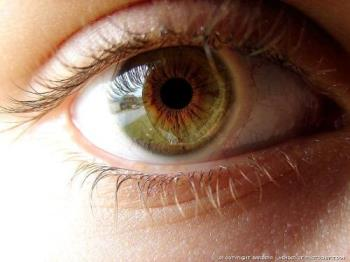 eye - green eye color.....