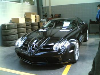 Vitor Baia´s Car - The FC Porto´s goalKeeper, Vitor Baia, has this SLR