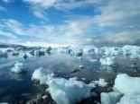 iceberg - can u swim for an hour in here?