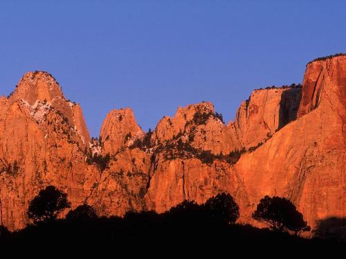 Crimson Rise, Zion, Utah - 1600x1200 - ID 44473  - Destination - Crimson Rise, Zion, Utah - 1600x1200 - ID 44473 ............ Best locations from around the world ... Truly an adventurer's paradise...High Resolution Photography
