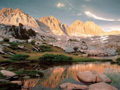 Dusy Basin and the Palisades, Kings Canyon Natio - Destination - Dusy Basin and the Palisades, Kings Canyon Natio............ Best locations from around the world ... Truly an adventurer's paradise...High Resolution Photography