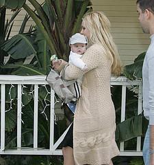 Britney & Baby - Britney Spears