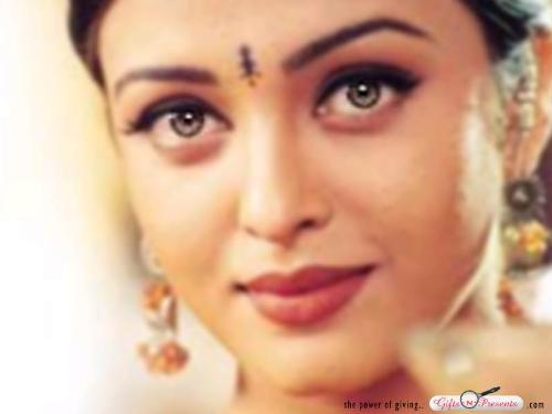 Aishwarya Rai - Look into her eyes.......the most beautiful eyes in the world