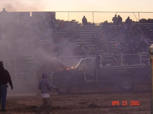 this truck blow up at this pull - the crow will always come to help and so will the people you are pulling agaist good old coutry fun the hill billy style.