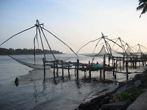 Cochin-Queen of Arabian Sea - This one is a scenic beauty taken from Cochin....u will love to see those chinese fishing nets....