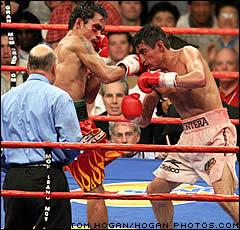 Manny Pacquiao vs Eric Morales - Pacman ends the trilogy in the 3rd round
