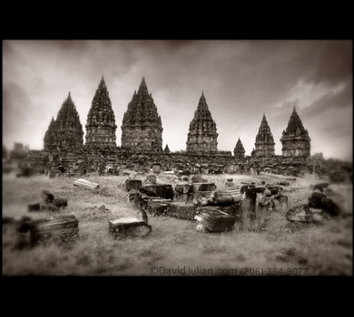 prambanan - The prambanan was located in the Javanese island And his scenery was very very picturesque