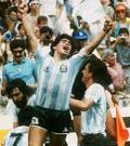 pele or maradonna - Who is the best?