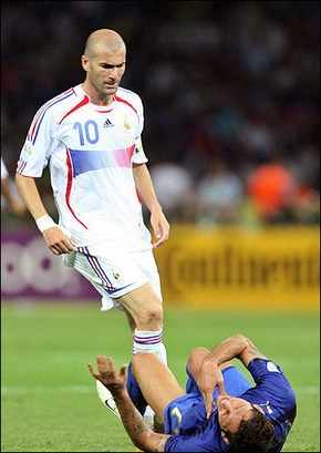 zidane - does he deserve to be a legend