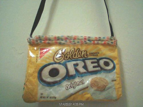 oreo cookies handbags - handbag made with oreo cookie packs