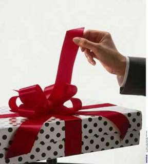 Packing of a gift. - A gift is very important, it represents affection of two people or more.