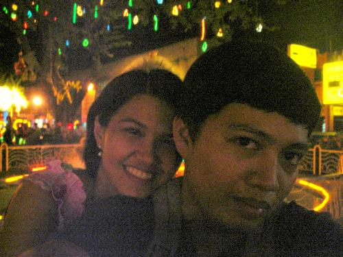 xmas smiles - i felt like a kid when we visited this park with xmas decors =)