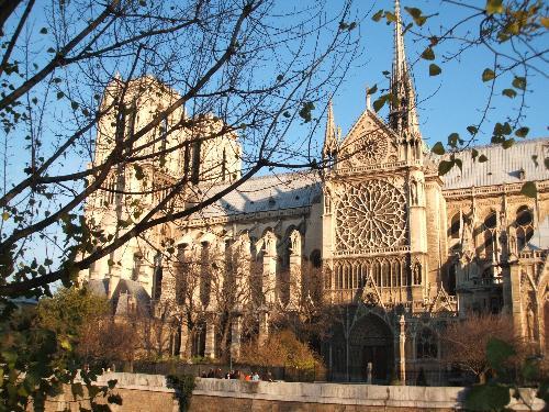 Notre Dame, Paris - The impressive Notre Dame in Paris