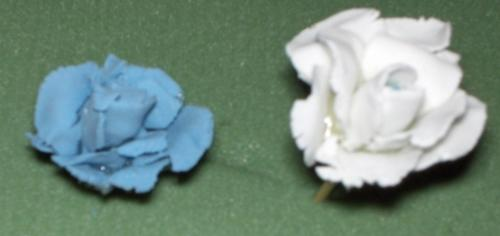 gum paste flowers - my first attempt at making gum paste flowers