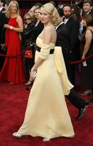 pregnant Naomi Watts  - pregnant Naomi Watts a couple of days ago