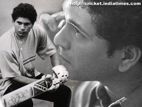 Sachin Tendulkar - Sachin is elder player, see how he was when he came !