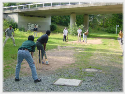 This is how indian players practice. - I think Indian cricket is turning into gali cricket game. Our players are all streeet players now a days.