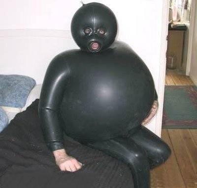 fart in a wet suit - This is why you don't fart in a wet suit